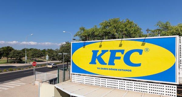 KFC, logosuna IKEA logosunu uyarladı