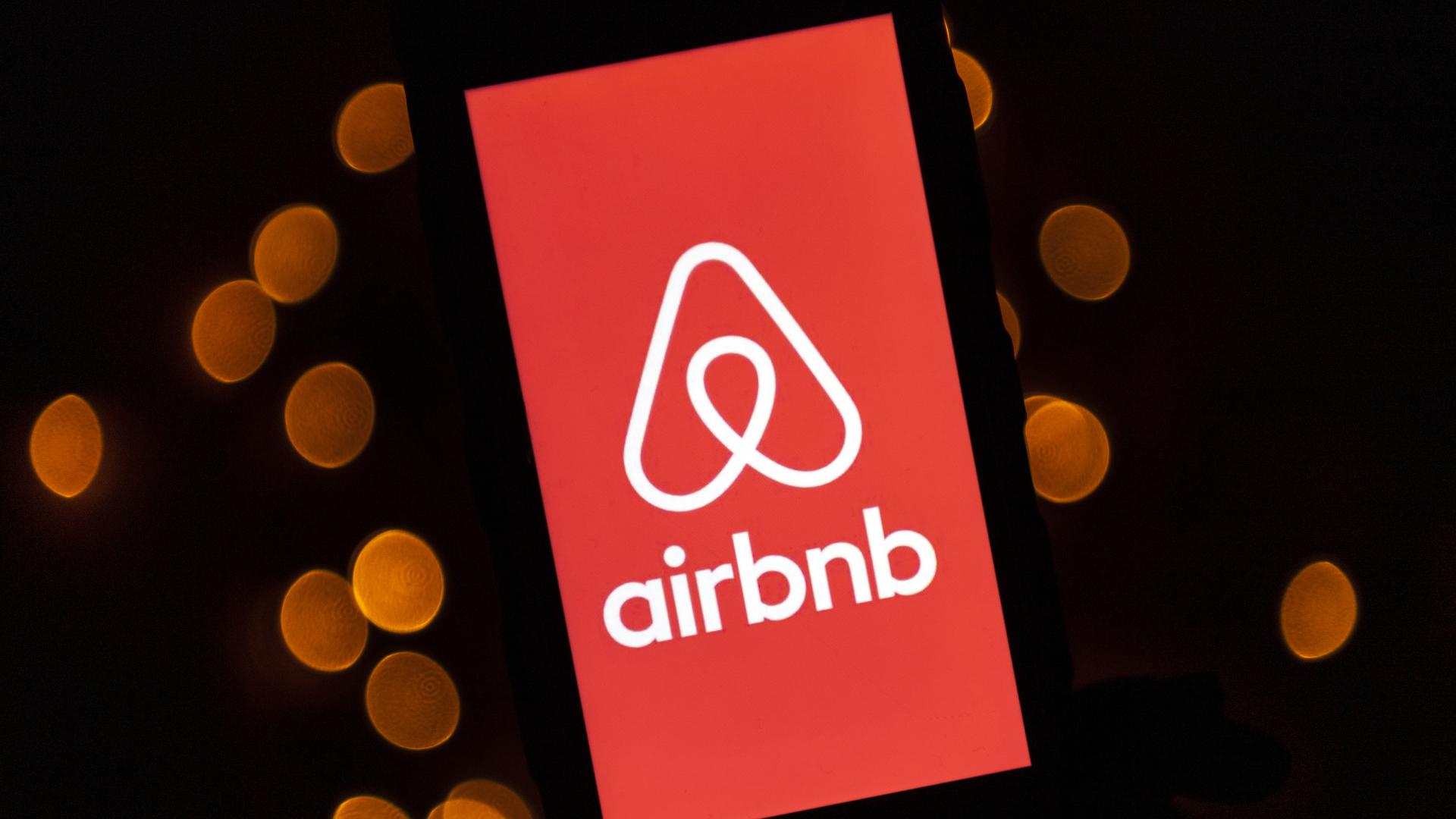 Airbnb, 20 bin Afgan mülteciye ücretsiz hizmet vereceğini duyurdu