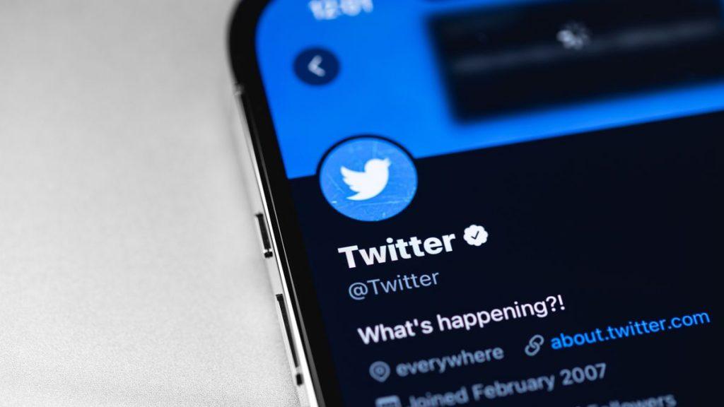 """Twitter'a yeni """"Heads Up"""" özelliği"""
